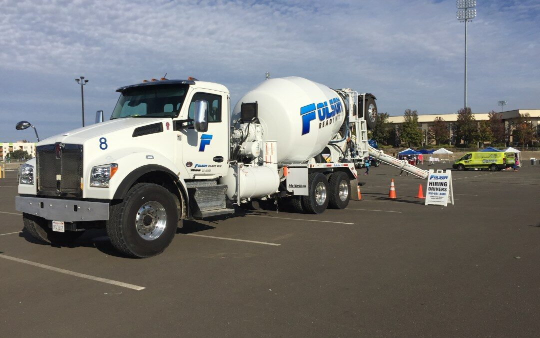 Great Turn Out at Junior League Touch-A-Truck Event in Sacramento